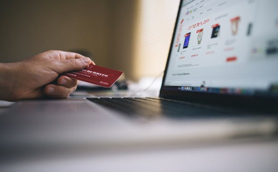 Thanh toán tự động với thẻ tín dụng