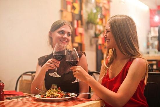 Làm sao để quản lí chi tiêu cho việc ăn uống hàng ngày hiệu quả?