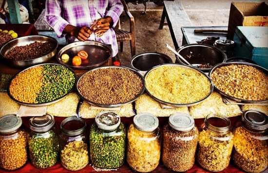 Đặt hạn mức chi phí nấu ăn cho cả gia đình trong 1 tháng