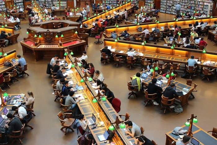 """Các trường đều có nguồn tài liệu """"khủng"""" để đáp ứng nhu cầu kiến thức của học sinh, sinh viên"""