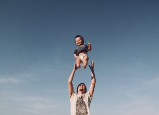 Nên dùng loại sản phẩm bảo hiểm gia đình nào?