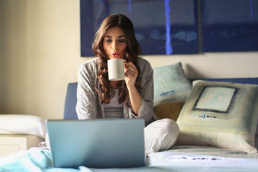 5 cách đơn giản để tăng thu nhập tại nhà chỉ với laptop