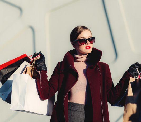 4 thời điểm không nên chi tiền mua quần áo mới