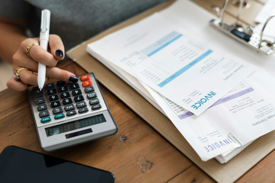 Tiết kiệm và đầu tư: Đâu là những khác biệt then chốt?