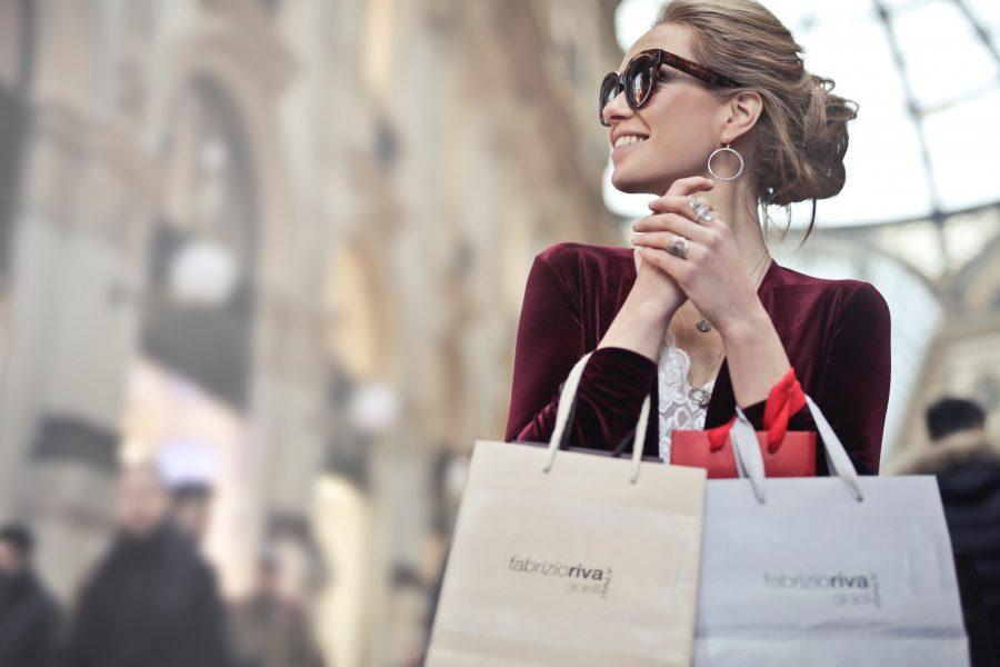 Không mua sắm trong vòng 1 năm, cô gái thu được thành quả bất ngờ