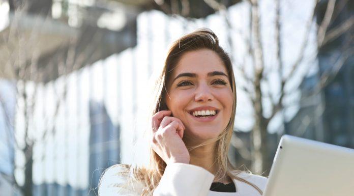 8 nguyên nhân khiến bạn dễ dàng phung phí tiền bạc cần phải tránh