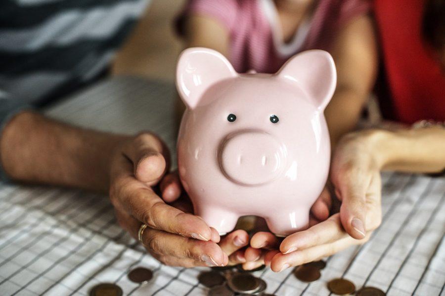 Tiền nhiều để làm gì và cách dạy con tiêu tiền từ lúc lên 3