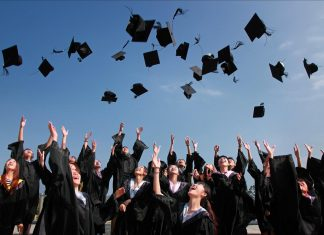 Vì sao phải chuẩn bị tài chính trước khi tốt nghiệp?