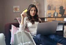 Sử dụng thẻ tín dụng: Nên hay không?