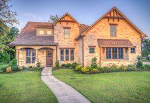 Lý do người mua nhà để ở thường phải trả giá cao