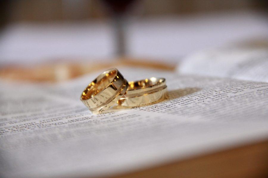 5 bí quyết chọn nhẫn cưới tiết kiệm cho các cặp đôi