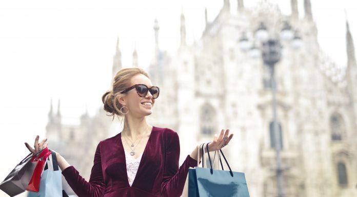 Cần lưu ý điều gì khi mua hàng giảm giá?