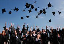 Làm thế nào để thăng tiến trong công việc cho sinh viên mới ra trường?