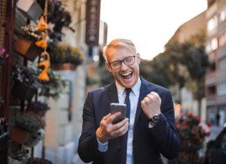 Làm thế nào để tiết kiệm chi phí điện thoại khi ra nước ngoài?