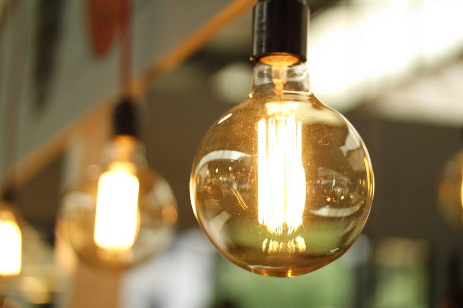 Tiết kiệm hóa đơn tiền điện hàng tháng với 7 cách đơn giản này