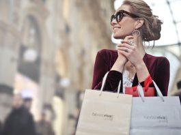 Có nên vay tiêu dùng để giải quyết các nhu cầu mua sắm?