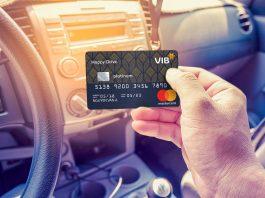 Thị trường thẻ tín dụng sôi động với dòng thẻ mới