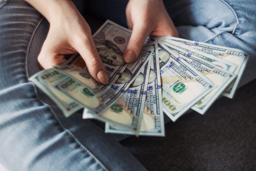 Chi tiêu ít hơn số tiền kiếm được