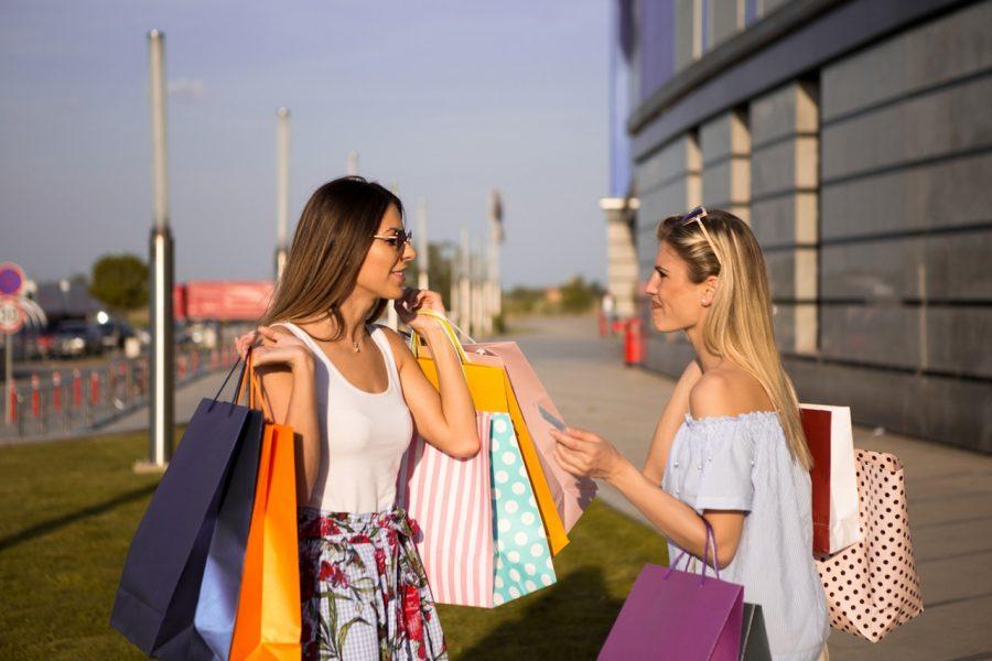 Từ chối lời mời mua sắm từ người khác